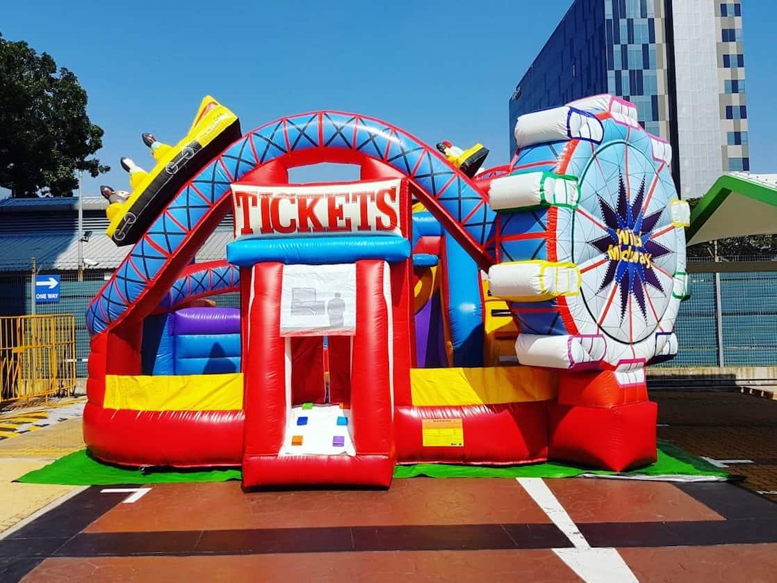 Carnival-Theme-Park-Bouncy-Castle